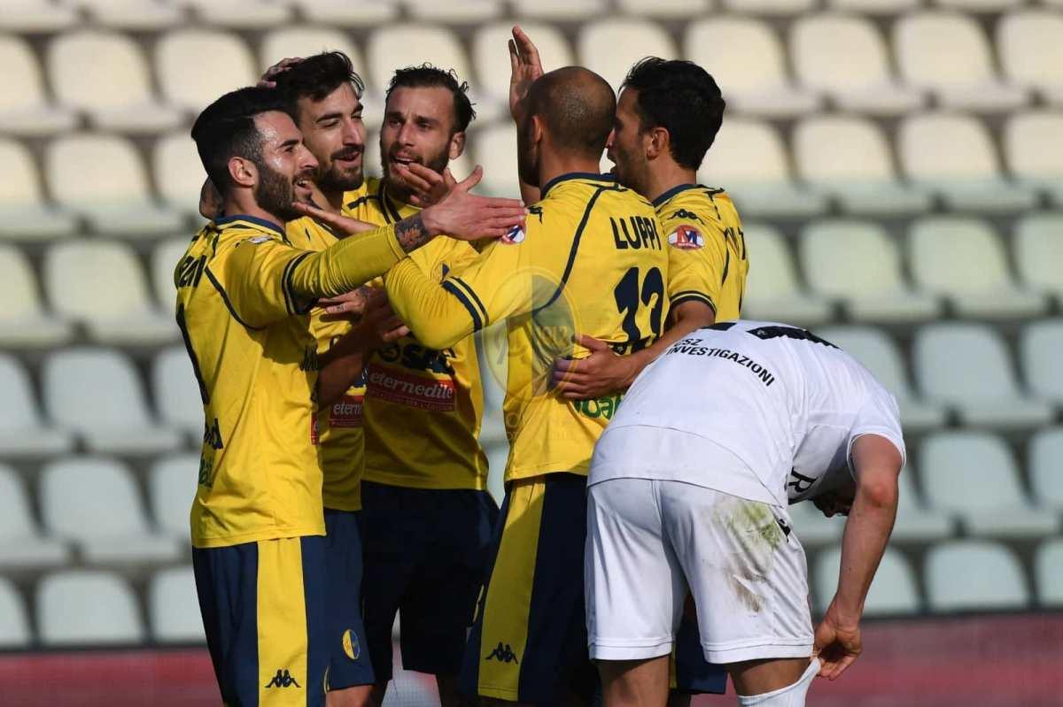 Spagnoli-gol, i playoff del Modena cominciano bene: AlbinoleffeKO