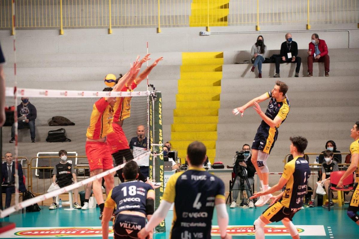 Vibo-Modena 0-3, prima vittoria dei gialli nel torneo con vista ChallengeCup